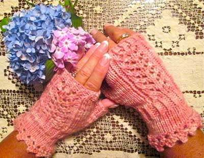 Knitted Victorian Mitts